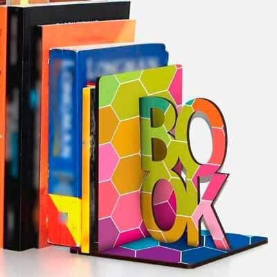 aparador de livro love 1